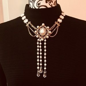 Jewelry - PEARL & CRYSTAL STATEMENT NECKLACE NWOT
